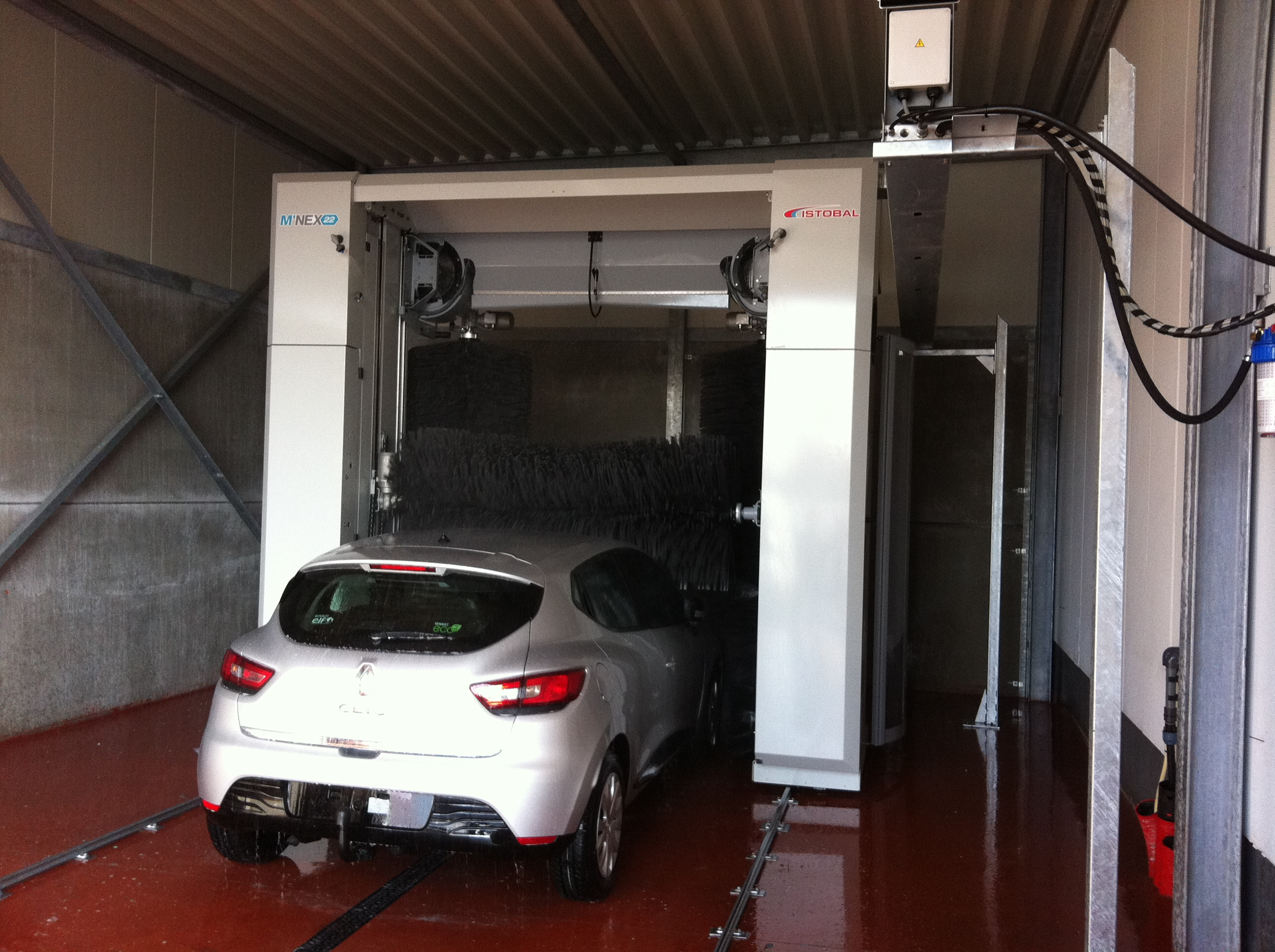Eco wash systems rollover m22 bij garage renault neri for Garage renault evrecy 14